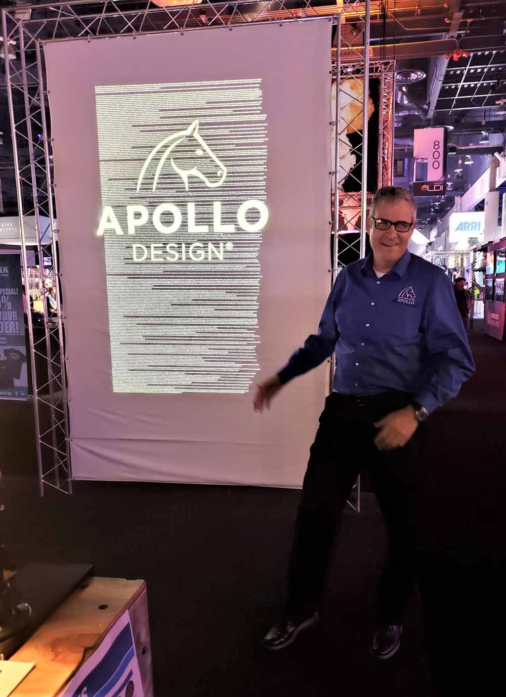 oel In front of Apollo SuperResolution® Gobo at LDI 2018